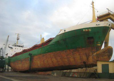 astillerosriadeaviles-carguero_phobos_1