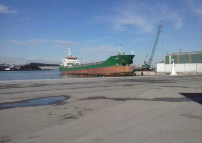 astillerosriadeaviles-buqueangon_aflote_2
