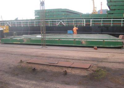 astillerosriadeaviles-reparacioncarguero_aflote_4